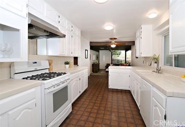 826 Eaton Dr, Pasadena, CA 91107 Photo 6