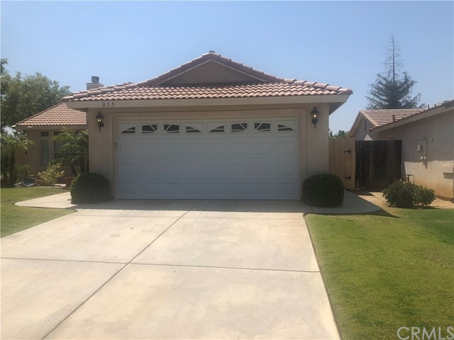 255 Tanner Michael Drive, Bakersfield, CA 93308