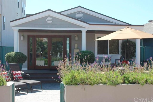 28 5th, Hermosa Beach, California 90254, 2 Bedrooms Bedrooms, ,1 BathroomBathrooms,For Rent,5th,SB20126815