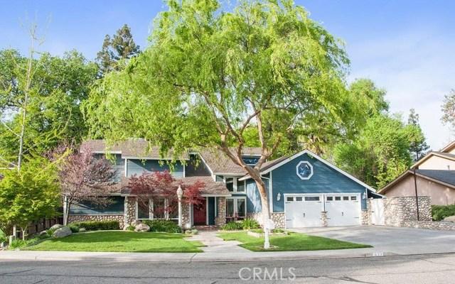 622 W Oak View Drive, Visalia, CA 93277
