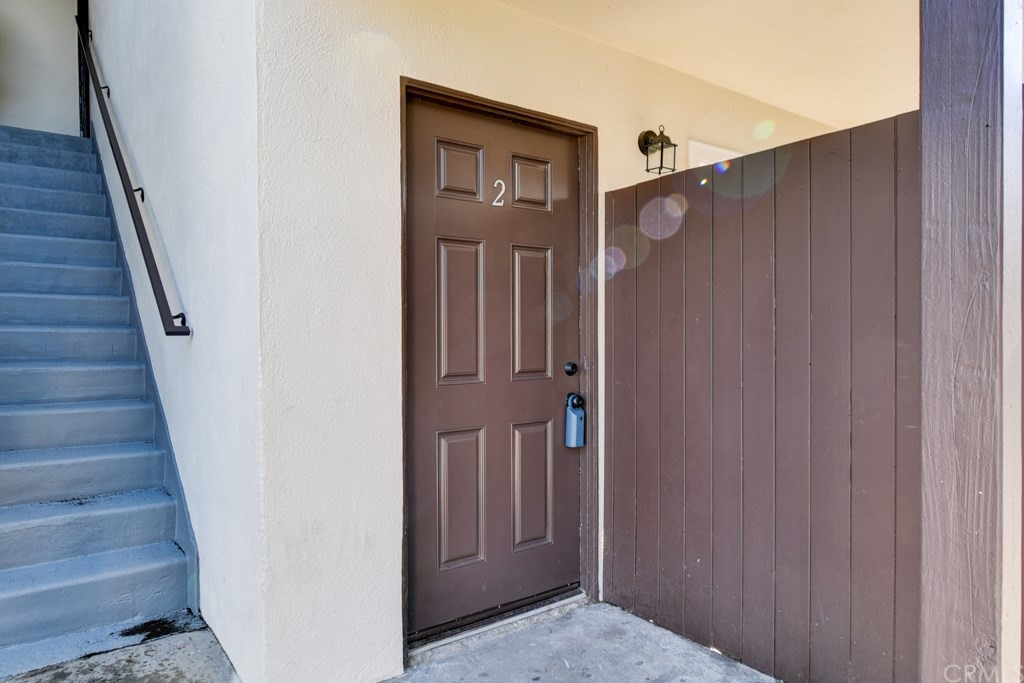 Nicely upgraded 2 bedroom and 1 bath lower unit. Has newer floors, newer blinds, newer windows and newer slider, newer appliances including a microwave and recently has been painted.  Patio off the living room. Close to shopping and dining.  Located on a cul-de-sac street. Conveniently located assigned parking.