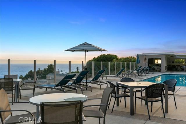 26. 21692 Ocean Vista Drive #C Laguna Beach, CA 92651