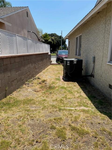 20. 12729 Smallwood Avenue Downey, CA 90242