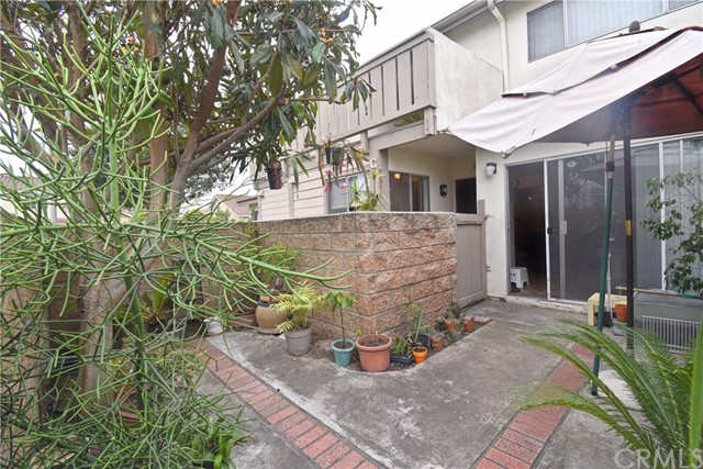 5126 W 1St Street C, Santa Ana, CA 92703