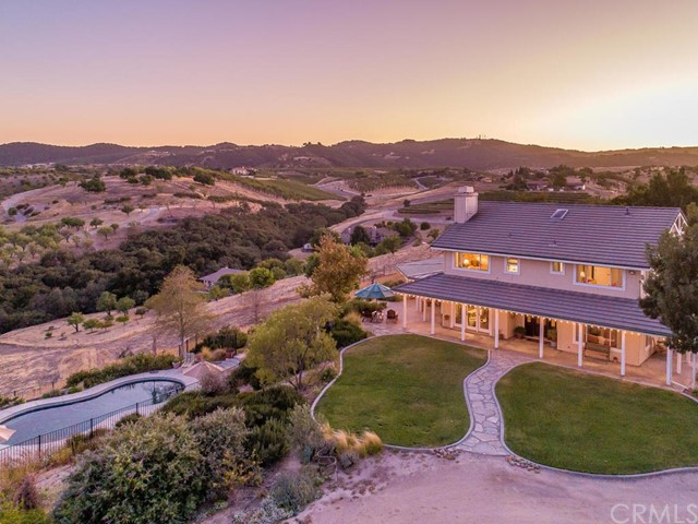 3700 Mira Vista Way, Paso Robles, CA 93446