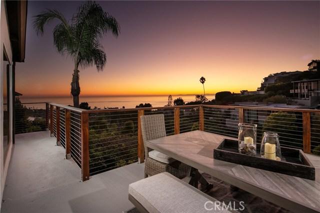 地址: 1099 Skyline Drive, Laguna Beach, CA 92651