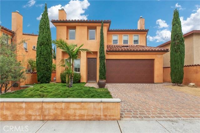 1561 Orange Avenue B, Costa Mesa, CA 92627