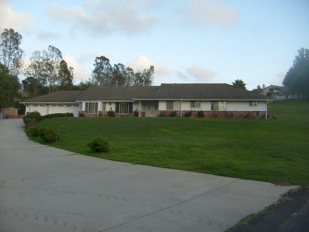 2144 Creekview Lane, Fallbrook, CA 92028