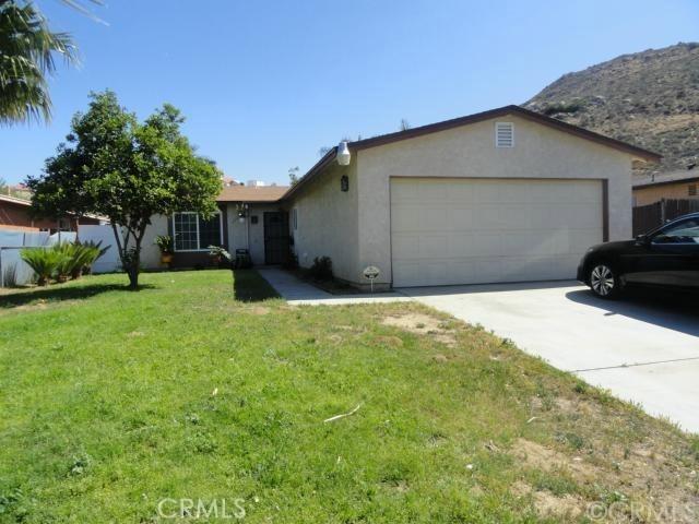18601 6th Street, Bloomington, CA 92316