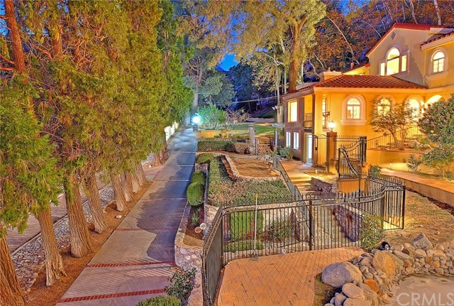 Image 3 of 2680 N Mountain Ave, Upland, CA 91784