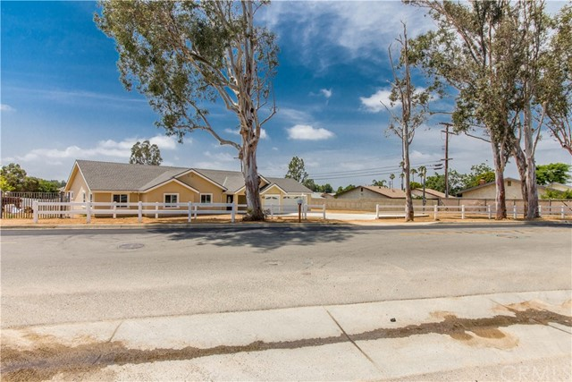 2760 HILLSIDE AVE, Norco, CA 92860