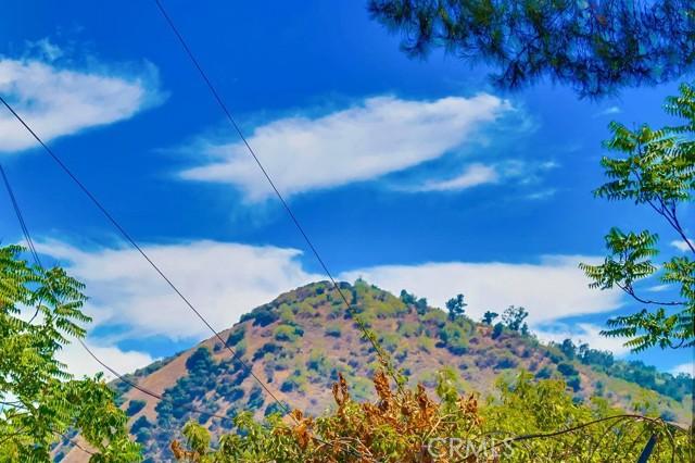 57. 3954 N Sequoia Street Atwater Village, CA 90039