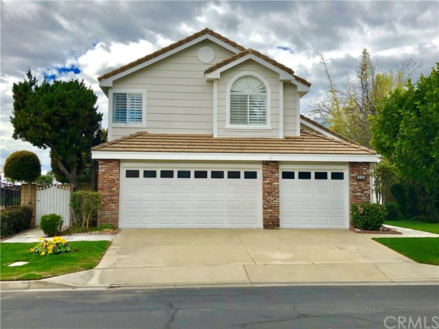 2323 Meadowglen Way, Upland, CA 91784