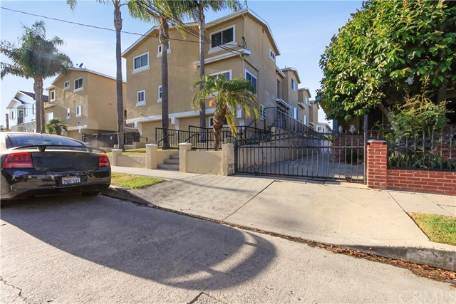 560 W 14th Street 2, San Pedro, CA 90731