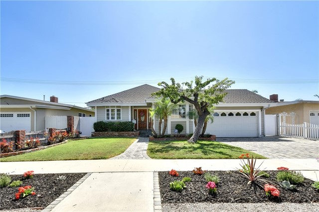 3474 Senasac Avenue, Long Beach, CA 90808