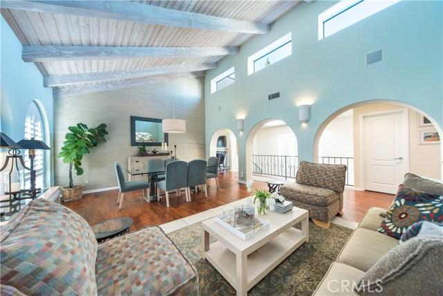 117 Prospect Avenue, Redondo Beach, California 90277, 4 Bedrooms Bedrooms, ,2 BathroomsBathrooms,Townhouse,For Sale,Prospect,SB19013602