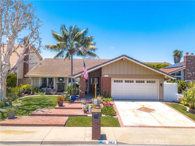 19621 Topeka Lane, Huntington Beach, CA 92646