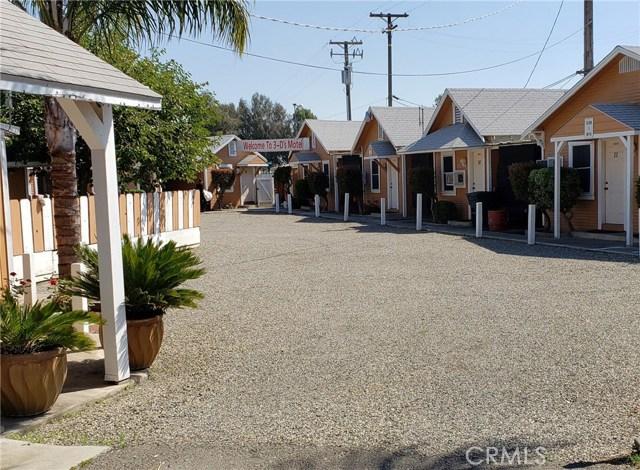 1100 S Gateway Drive, Madera, CA 93637