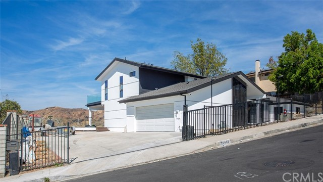 10043 Olivia Terrace, Sun Valley, CA 91352