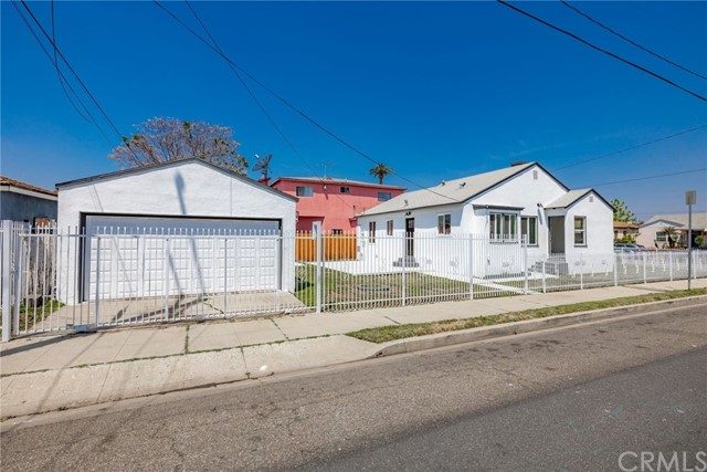 Image 6 of 900 W Brazil St, Compton, CA 90220