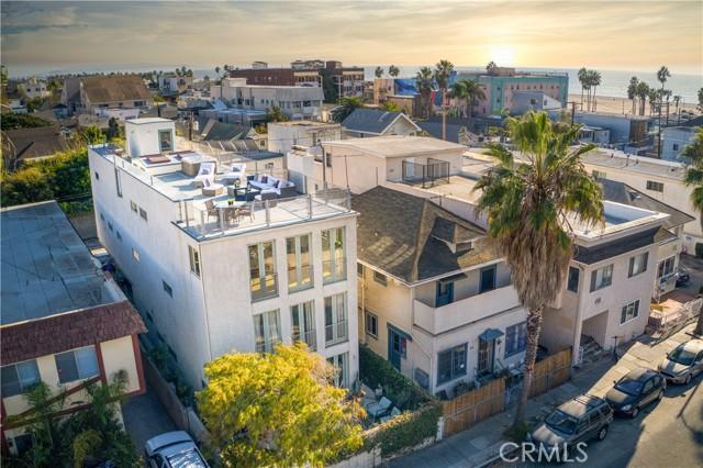 46 Rose Avenue, Venice, CA 90291