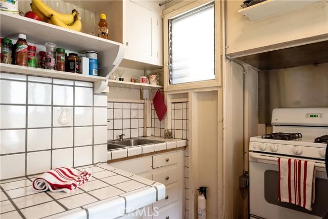 Rear Unit Kitchen