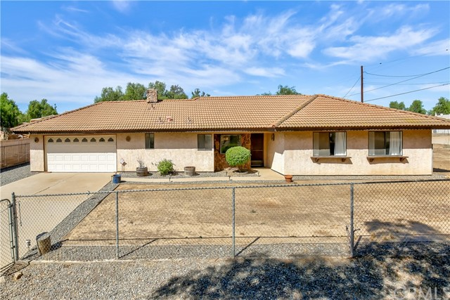 18135 Avenue D, Perris, California 92570, 4 Bedrooms Bedrooms, ,2 BathroomsBathrooms,For Sale,Avenue D,IV17267920