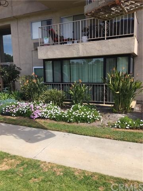 2386 Via Mariposa W 1F, Laguna Woods, CA 92637
