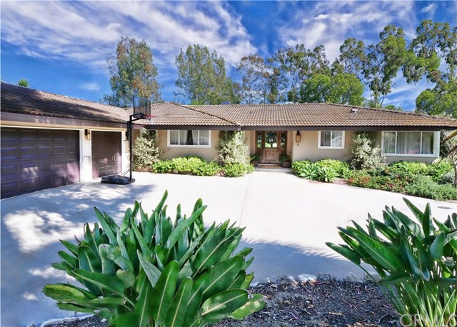 8 Hidden Valley Rd, Rolling Hills Estates, CA 90274 Photo