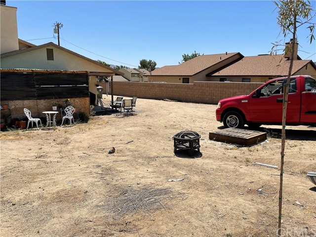 27. 6958 Mohawk Trail Yucca Valley, CA 92284