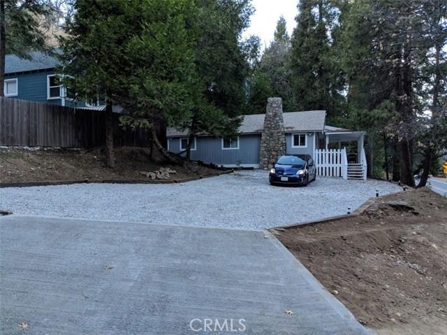 781 N Village Lane, Crestline, CA 92325