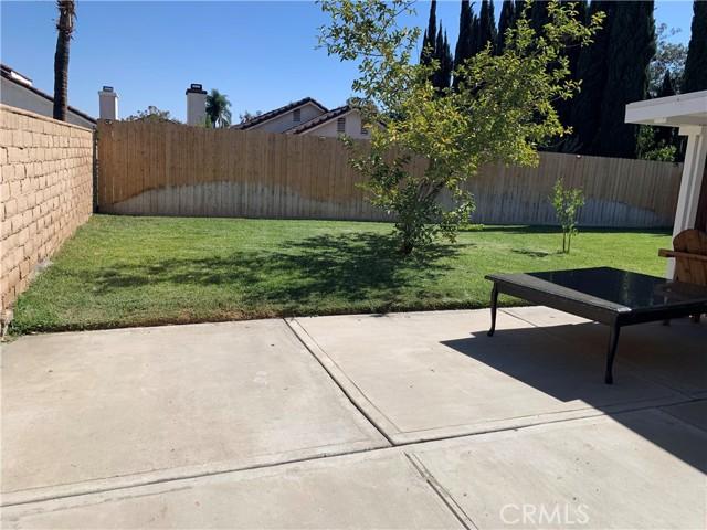 11473 Homewood Place, Fontana CA: https://media.crmls.org/medias/3031e70d-7b47-4b1b-bdce-6a3b19ddf13e.jpg