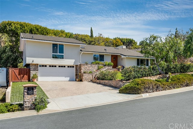 7249 Berry Hill Drive, Rancho Palos Verdes, California 90275, 3 Bedrooms Bedrooms, ,1 BathroomBathrooms,For Sale,Berry Hill,PV21120296