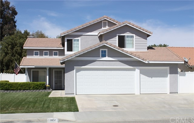 2934 Cambridge Avenue, Hemet, CA 92545