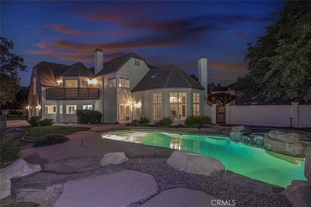 6915 E Overlook Terrace
