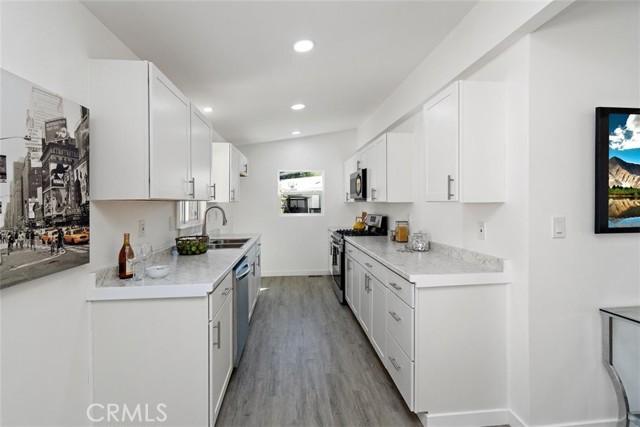 4201 Topanga Canyon Blvd, Woodland Hills, California 91364, 2 Bedrooms Bedrooms, ,2 BathroomsBathrooms,For Sale,Topanga Canyon Blvd,SB21040918