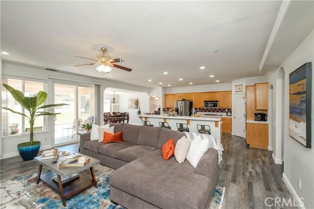 9875 Alta Mesa Rd, Oak Hills, CA 92344 Photo 10