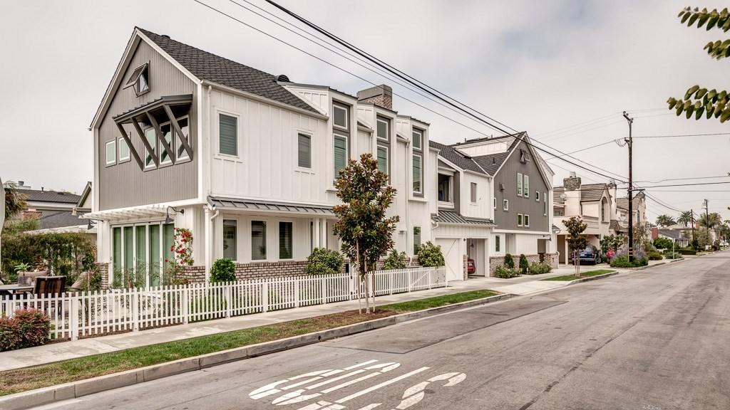 521 Orchid Avenue, Corona del Mar, CA 92625
