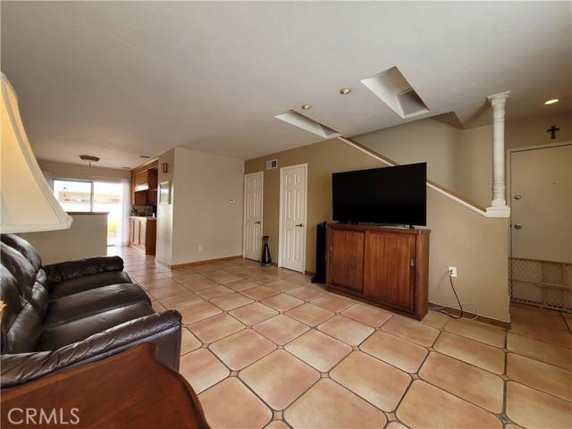 23564 Western Avenue, Harbor City, California 90710, 3 Bedrooms Bedrooms, ,1 BathroomBathrooms,Residential,For Sale,Western,SB21100518