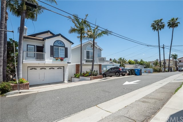 1510 Harper Avenue, Redondo Beach, California 90278, 4 Bedrooms Bedrooms, ,3 BathroomsBathrooms,For Sale,Harper,SB20094082