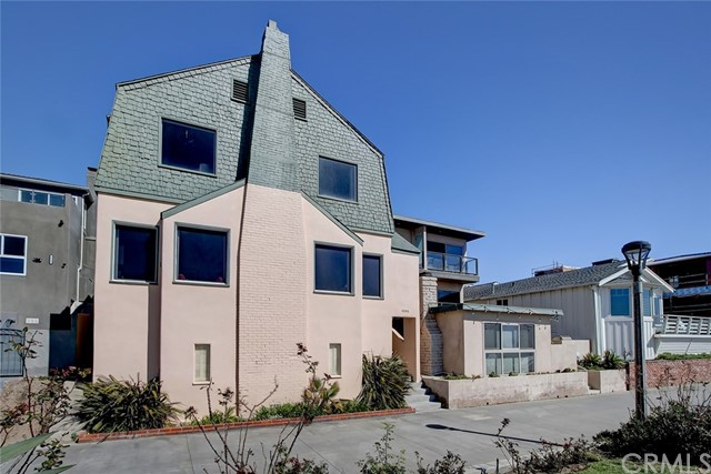 3208 The Strand, Manhattan Beach, California 90266, 6 Bedrooms Bedrooms, ,4 BathroomsBathrooms,For Sale,The Strand,SB21084346