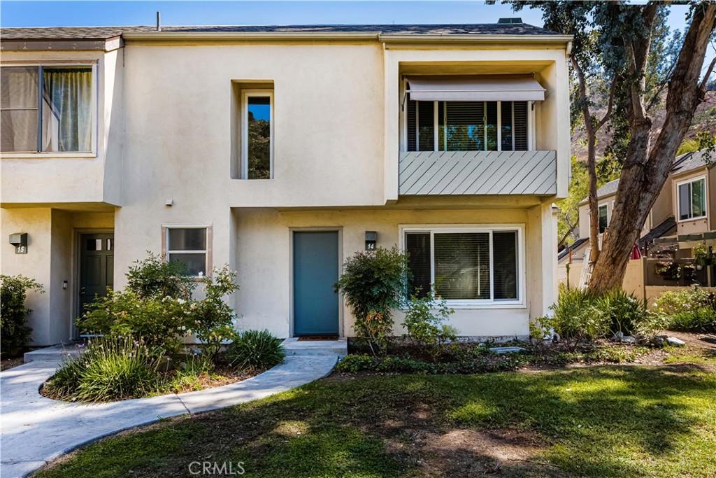 307   N Singingwood Street   14, Orange CA 92869