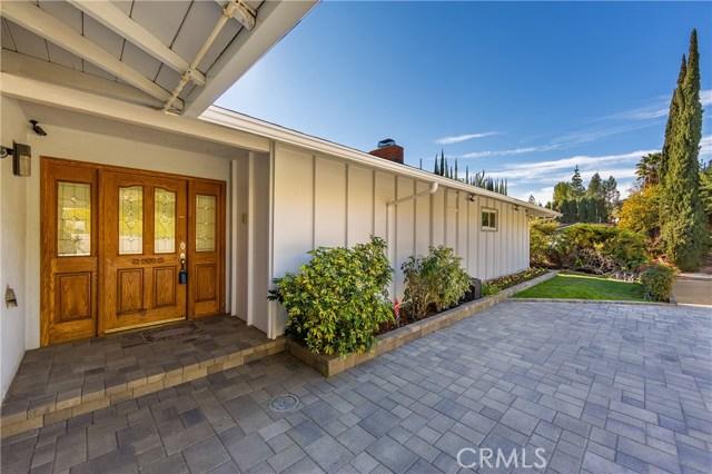 8450 Moorcroft Avenue, West Hills, CA 91304