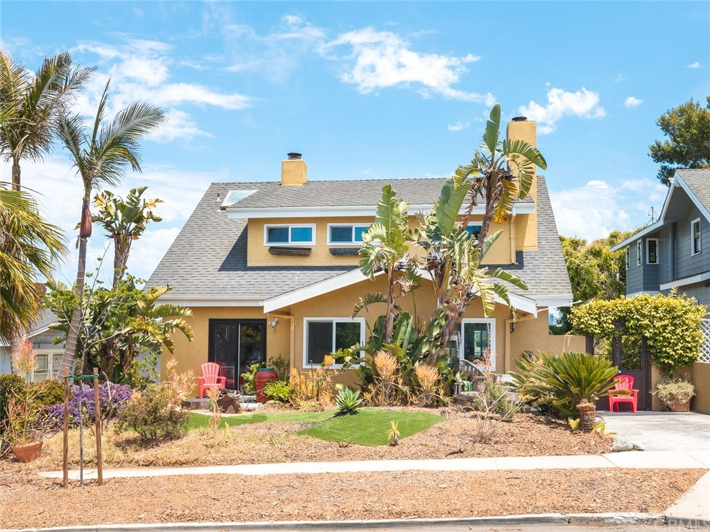 Best Location in El Segundo: Live an Every Day Vacation in Pool, Hot Tub, Beach, Views, Palm Tree Garden, Views, BBQ, Loungers, Fire Pit, Chairs and Outdoor Couches with Beach Scene in Front of Home