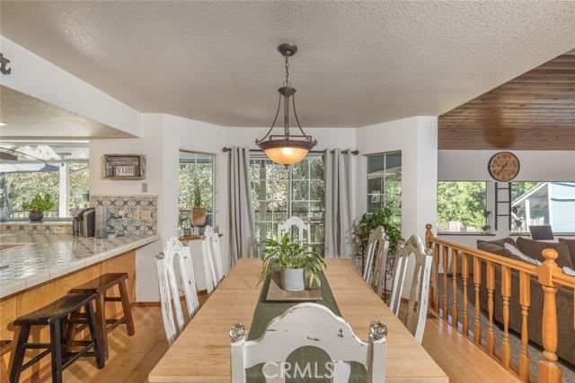 Diningroom between kitchen and sunken living room.