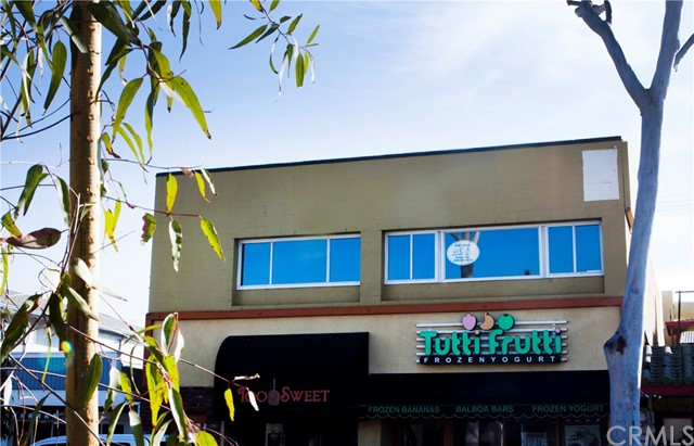 302 Marine Avenue, Newport Beach, CA 92662