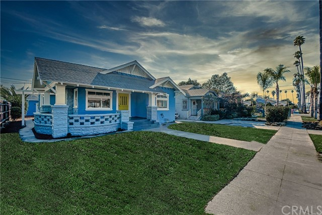 1516 W 51st St, Los Angeles, CA 90062