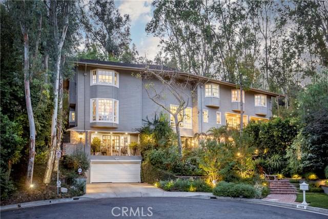 1505 El Mirador Drive, Pasadena, CA 91103