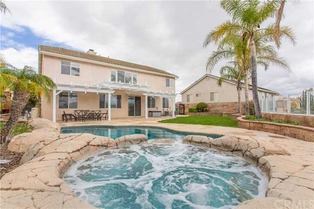 1210 Via Blairo Circle, Corona, CA 92879