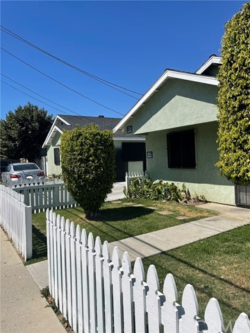 127 49th, Long Beach, California 90805, ,Residential Income,For Sale,49th,PW21064436